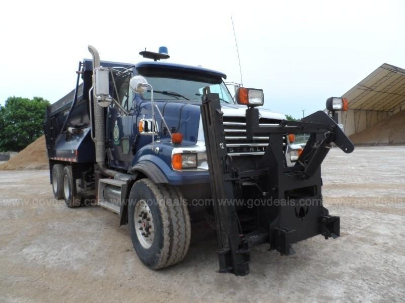2009 Sterling LT9500 Plow Truck