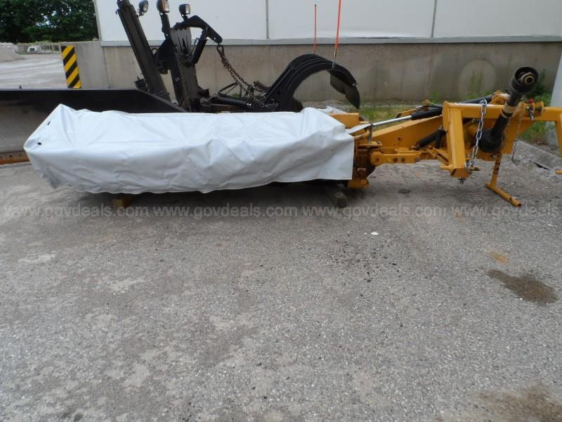 2017 Vemeer M6040 Rotary Mower